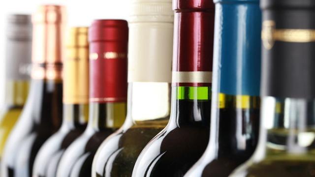 为什么进口葡萄酒的中文标签上要标注二氧化硫的成分?